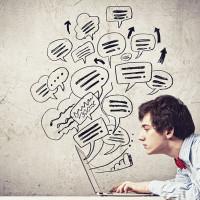 Por que clientes não veem mídias sociais como canais de relacionamento